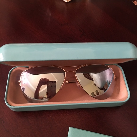 1562430380d8 Tiffany   Co. AvIator Mirrored Sunglasses. M 5c3fe16d61974505d237644d.  Other Accessories ...